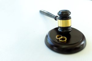 How to Prepare for Your First Meeting with Your Divorce Attorney
